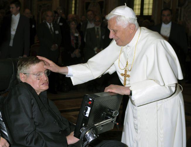 Stephen Hawking and Pope Emeritus Benedict
